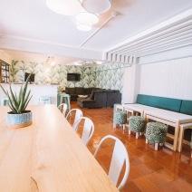 Hostel_lounge_01