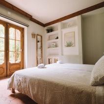Hostel_quarto_bedroom_03